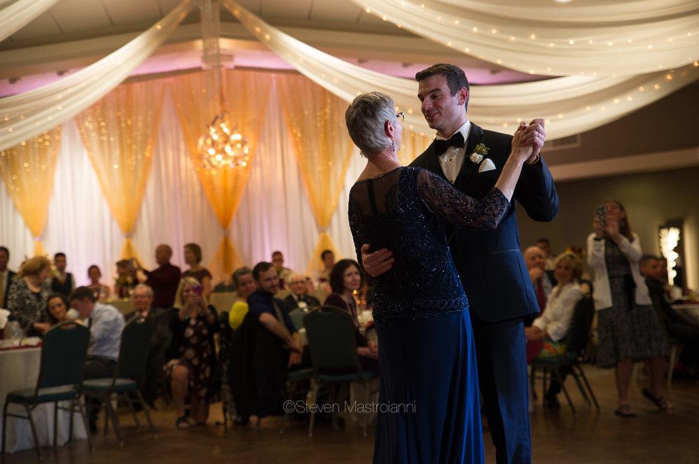 st-michael-woodside-wedding (28)