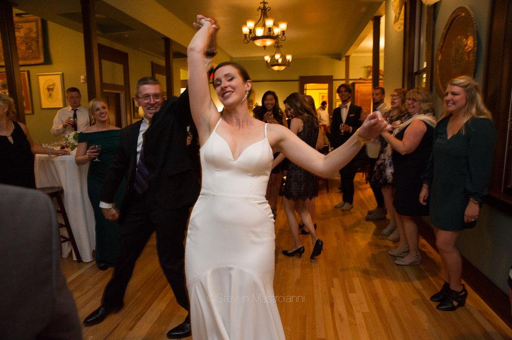 steele-mansion-wedding-photos-mastroianni (9)
