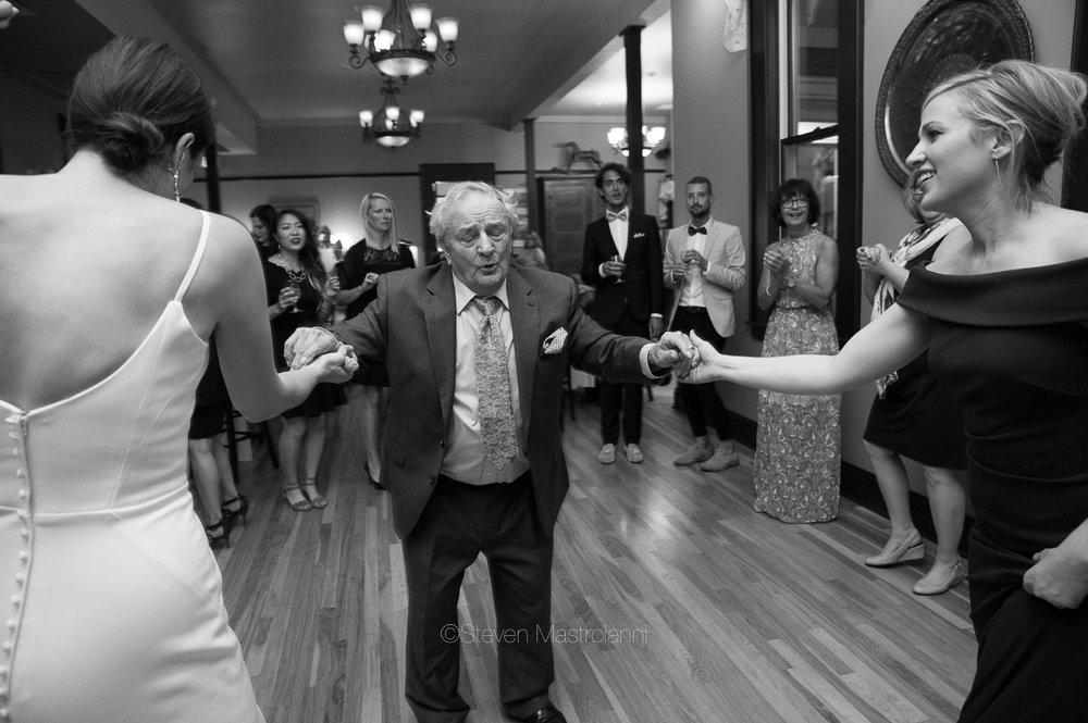 steele-mansion-wedding-photos-mastroianni (6)