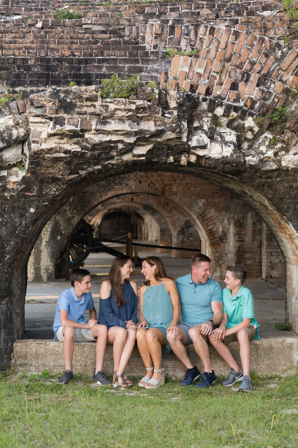 fort pickens photo session of family