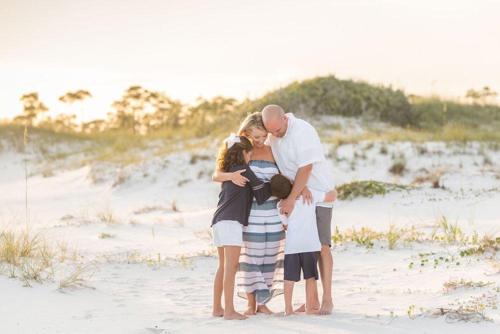 orange beach photographer captures vacation family session