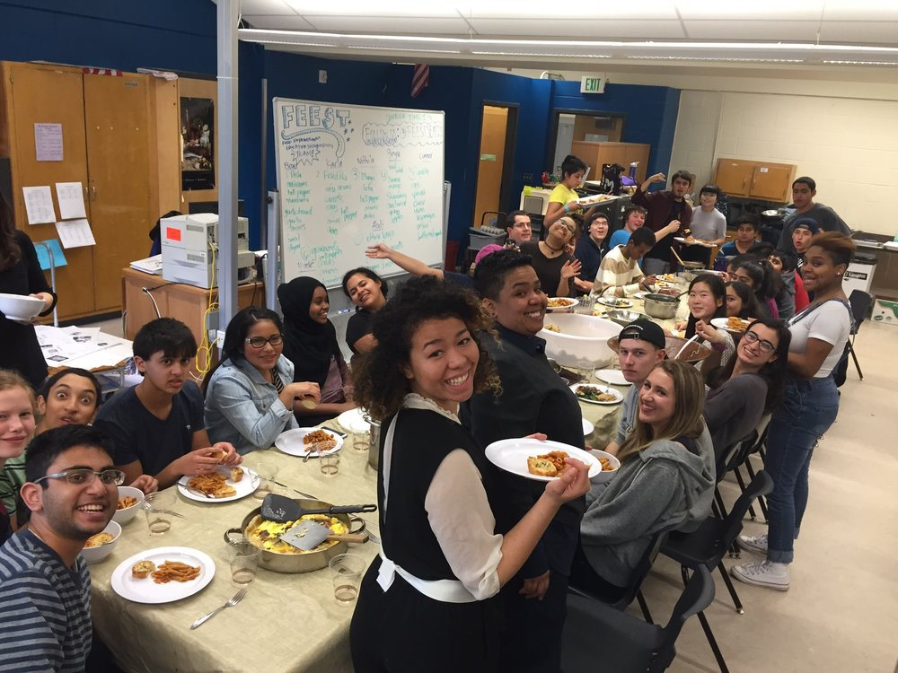 A FEEST community dinner, organized by young leaders.