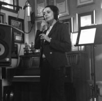 Luz Casal-Brantones Records studio, Los Angeles