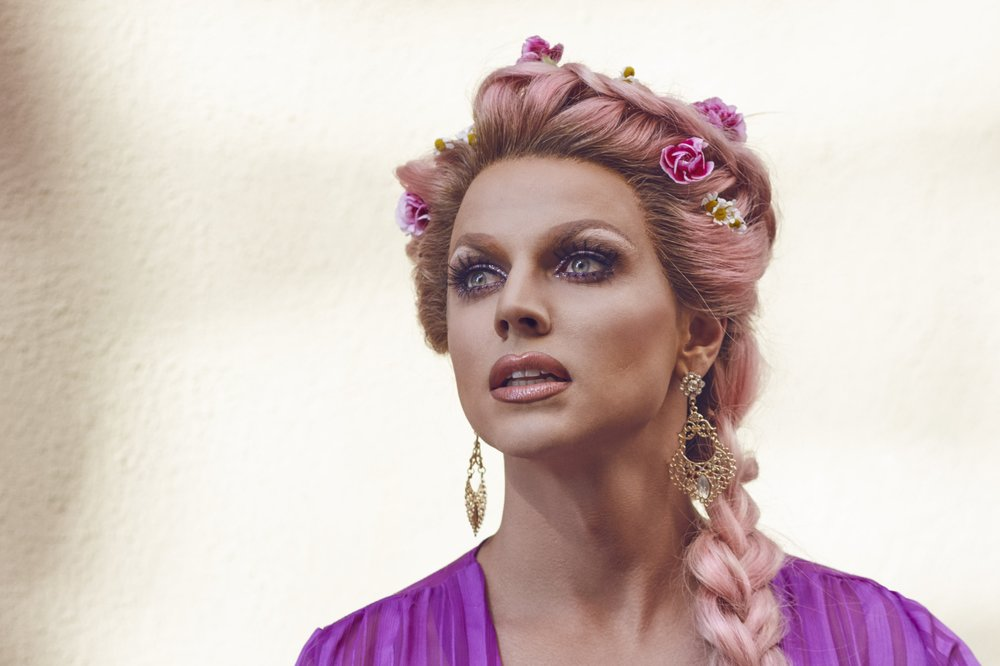 - courtney act takes the crown