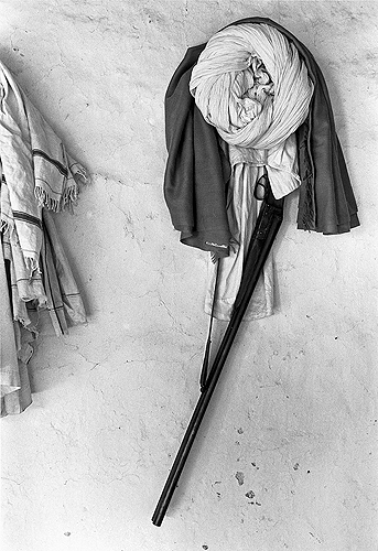 Bhupendra Karia, Turban and Gun, Bhavnagar, 1969