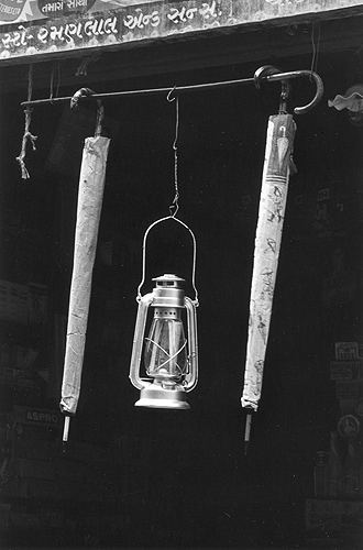 Bhupendra Karia,  Lamp and Two Umbrellas, Baroda,  1968