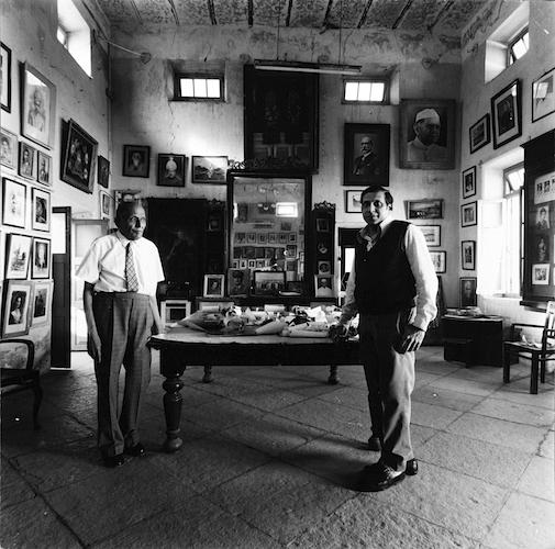 Grandson and Great Grandson of Raja Deen Dayal in Studio, Hyderabad , 1978