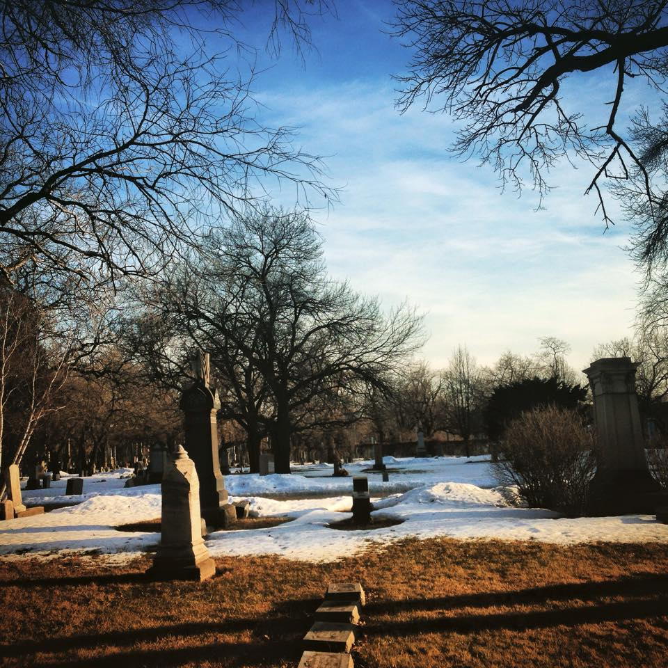 Wunder's Cemetery, Chicago, Ill. Photo: Gerald Farinas.
