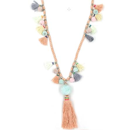 pom pom tassel necklace II.jpg