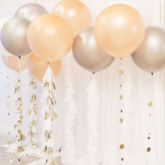 Who says balloons don't belong at weddings?! This installation by @Ribbonscreativeballoons was the perfect backdrop for Crystal & Ellis' photobooth. We loved incorporating this into the overall design and can't wait for the opportunity to do it again 😉. ⠀⠀⠀⠀⠀⠀⠀⠀⠀ .⠀⠀⠀⠀⠀⠀⠀⠀⠀ .⠀⠀⠀⠀⠀⠀⠀⠀⠀ .⠀⠀⠀⠀⠀⠀⠀⠀⠀ SN: Aisha was absolutely AMAZING! She delivered exactly what we asked for and went the extra mile to find the perfect tassels.⠀⠀⠀⠀⠀⠀⠀⠀⠀ .⠀⠀⠀⠀⠀⠀⠀⠀⠀ .⠀⠀⠀⠀⠀⠀⠀⠀⠀ #reception #tayloredtobe #hrvawedding #virginiaweddings #weddingreception #balloons #photobooth #hamptonva #hrvaweddingplanner #vaweddingplanner #virginiaweddings #theknot #aisleplanner #munaluchibride #dcweddingplanner #dcweddings #virginiaweddingplanner