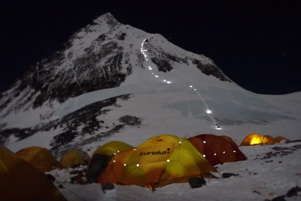 Trail of climbers - Camp 4 to Summit.JPG