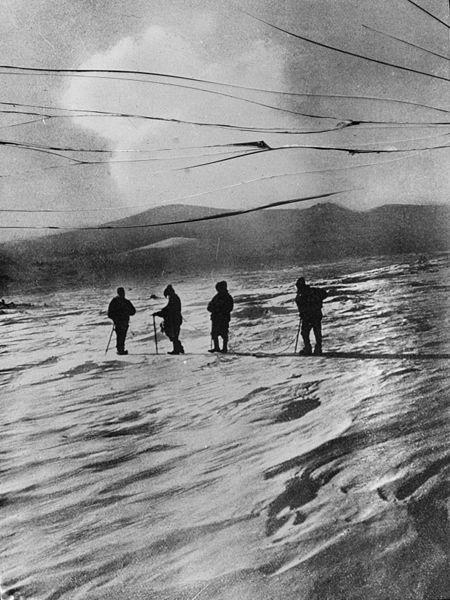 450px-Shackleton_nimrod_54.jpg