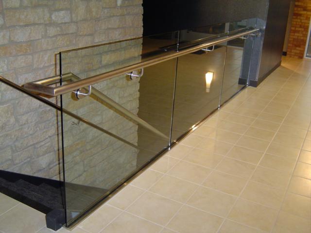 Glass-Railings-5.jpg