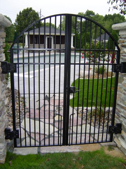 gates_7.jpg