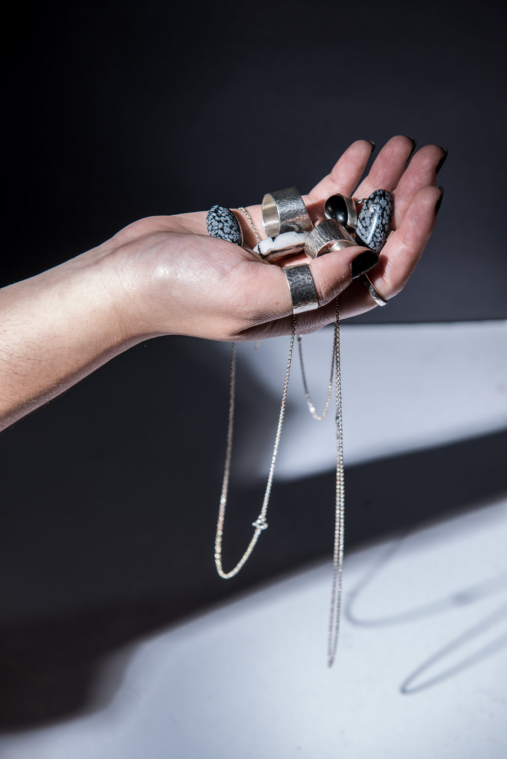 INTRODUCTION TO SILVERSMITHING - Learn the fundamentals of silversmithing and get to complete three projects in this course designed for beginners.