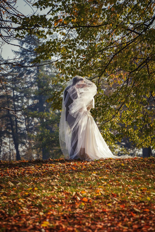 Jesienny plener ślubny Swierklaniec (5).JPG