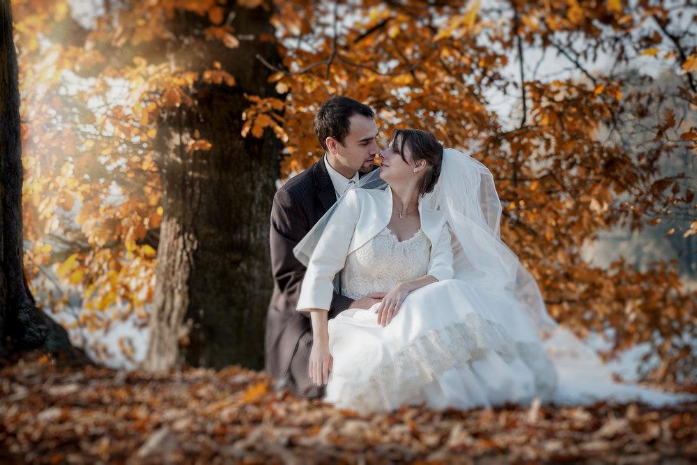 Jesienny plener ślubny Swierklaniec (7).JPG