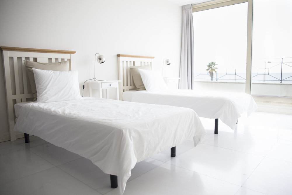WATER ROOM - TWIN BEDS W/ SHARED BATH  Features: Shared Bath,Ocean Views,Air Conditioning,Modern Suite, Twin Beds.  € 1300  single-  €2500  couple