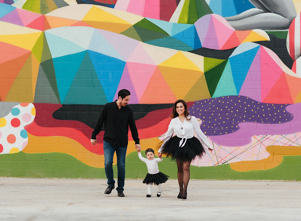 fun-downtown-family-session.jpg