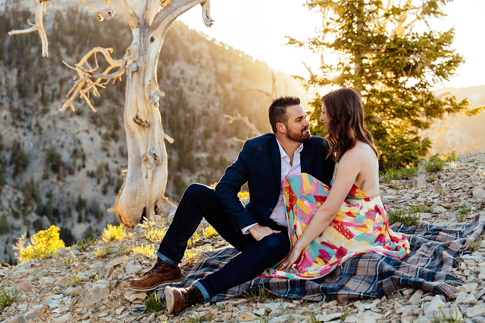 mountain-couples-session.jpg