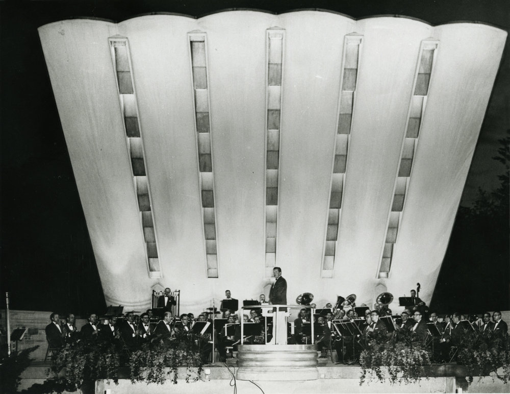 Leonard B. Smith and the Detroit Concert Band at Remick Bandshell Photo: Detroit Historical Museum
