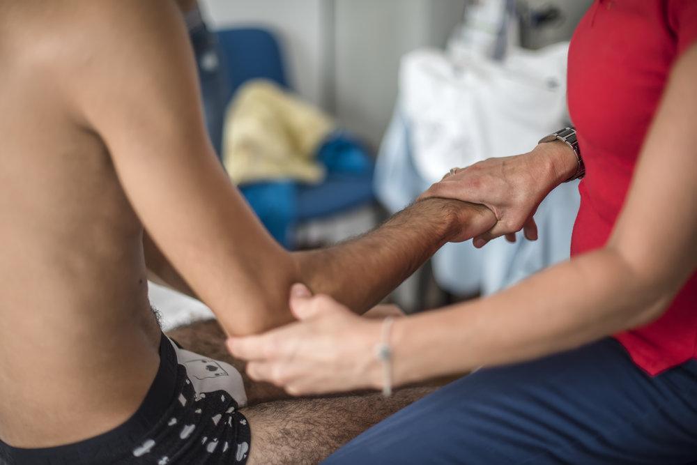 arm-physiotherapy-P4WRUB3.jpg