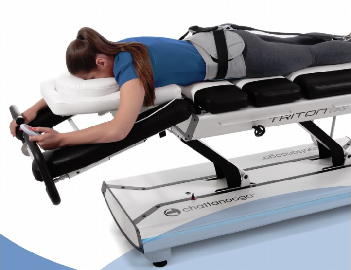 Non-Surgical Spinal Decompression | Physiotherapists in Toronto | Yorkville  Sports Medicine Clinic