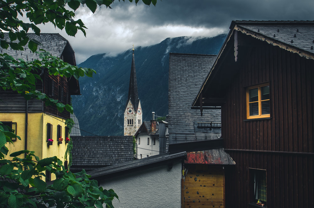 hallstatt_church_village_austria.jpg