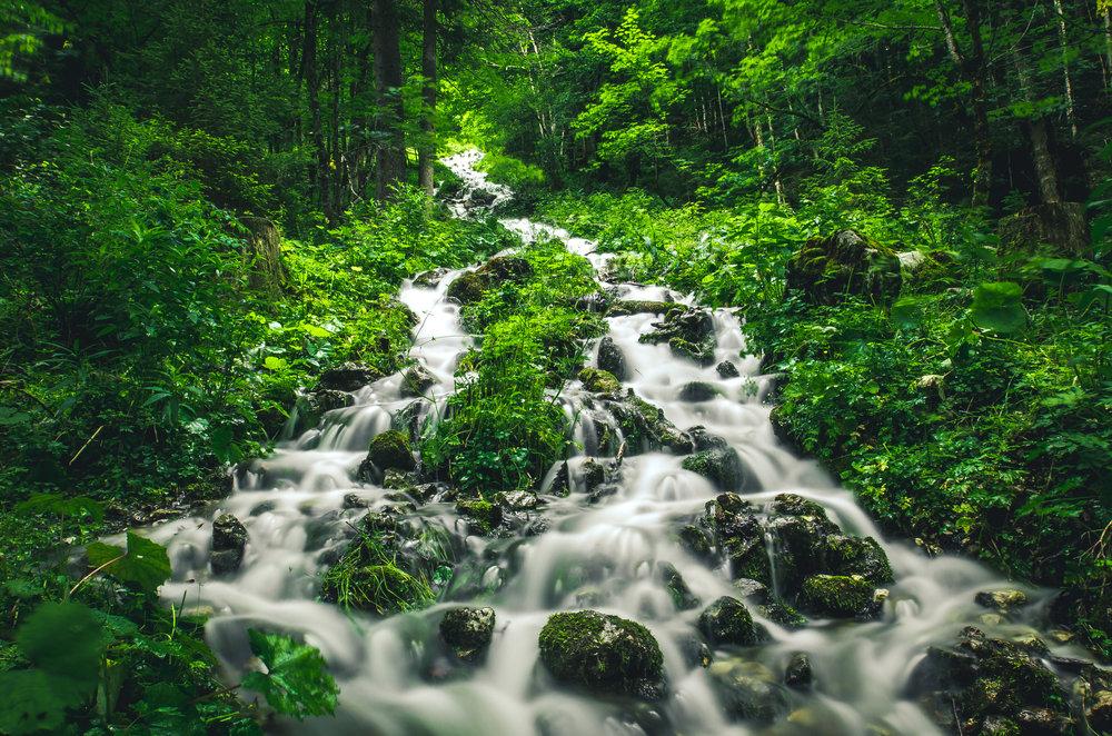 waterfall_gosau_austria.jpg