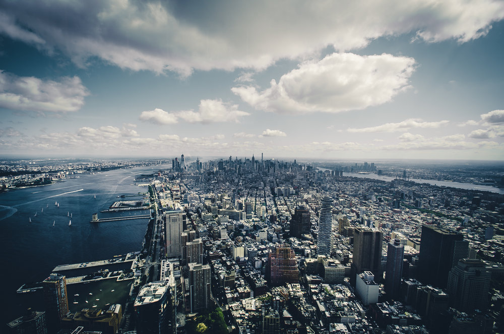 manhattan-skyline-new-york-city-one-world-observatory.jpg