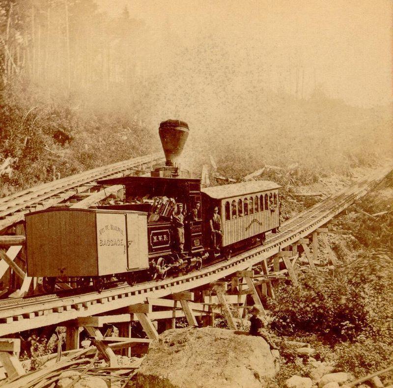 800px-Train_Leaving_the_Depot,_Mt._Washington_Railroad.jpg