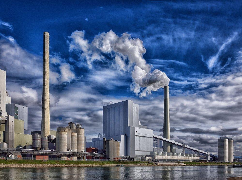 refinery-3127588_1920.jpg