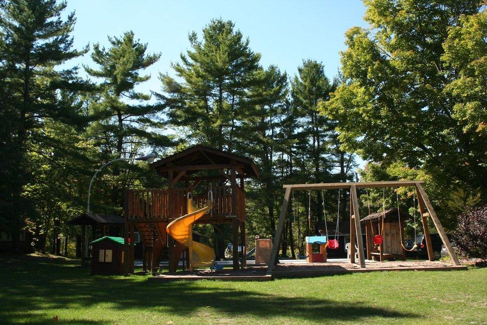 Lot 11 Playground_Lawn IMG_4700.jpg