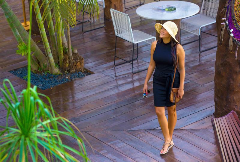 Travel Fashion Girl Email.jpg