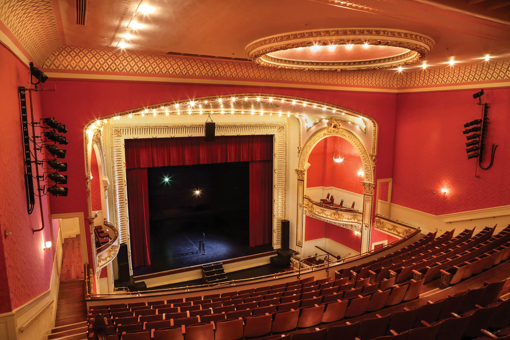 paramounttheatre_upstairs.jpg