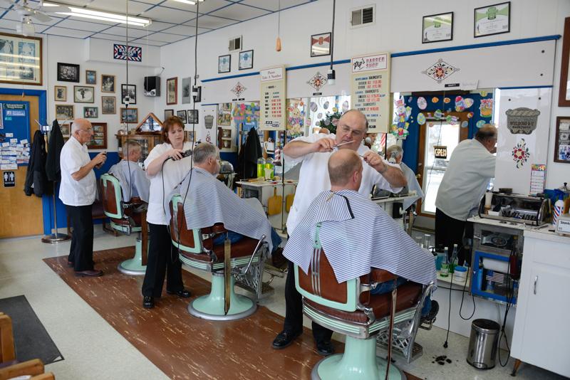 pips_barbers2.jpg