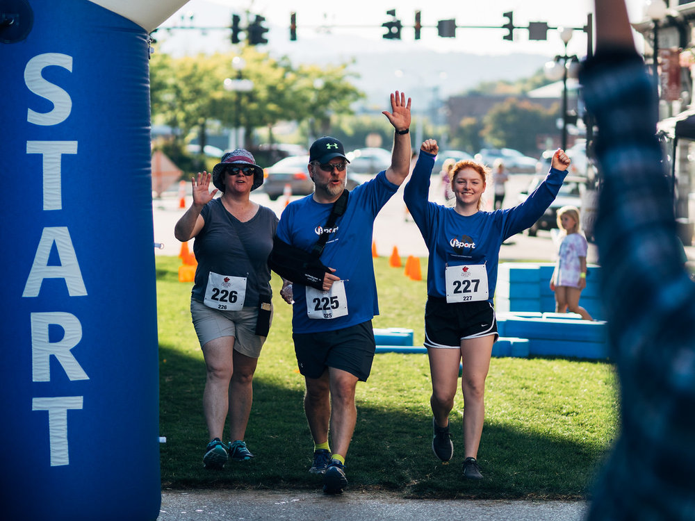 Participants in the 2017 Vermont Great 2,4,6,8k Run & Walk cross the finish line.