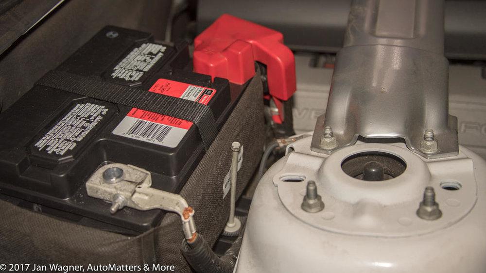 2011-ford-mustang-battery.jpg