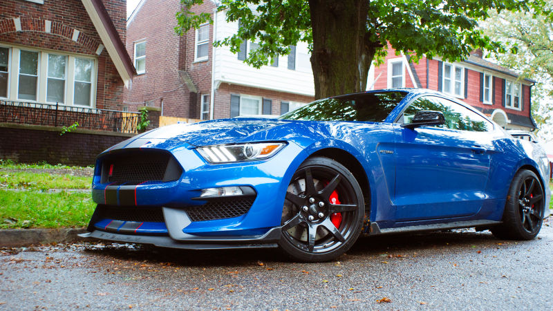 2017-ford-mustang-shelby-gt350r.jpg