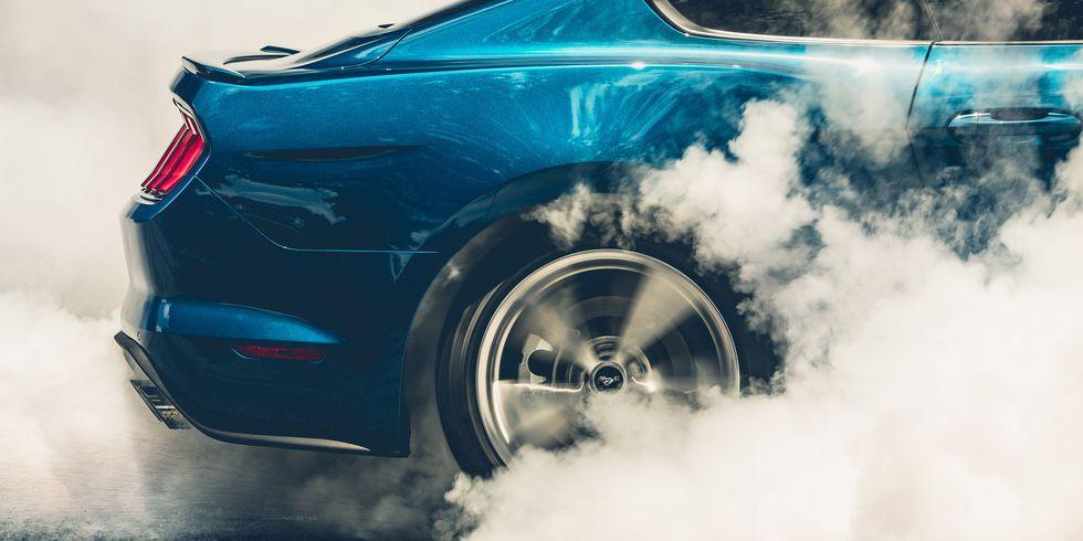 2018-ford-mustang-gt-burnout.jpg