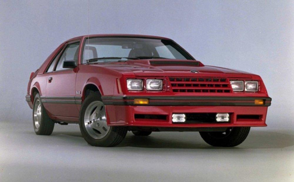 1982-ford-mustang-gt.jpg