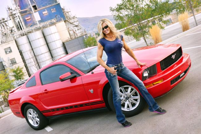 2009-ford-mustang-lisa-mcelmurry.jpg