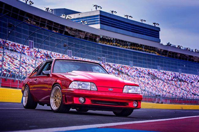 1990-ford-mustang-gt-rob-ruska.jpg