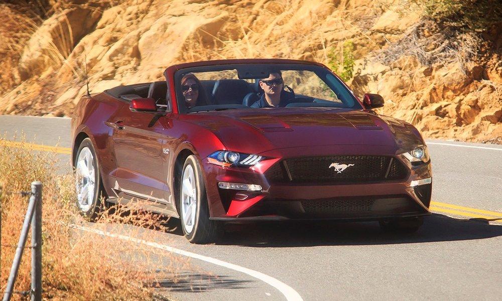 2018-ford-mustang-gt-convertible.jpeg