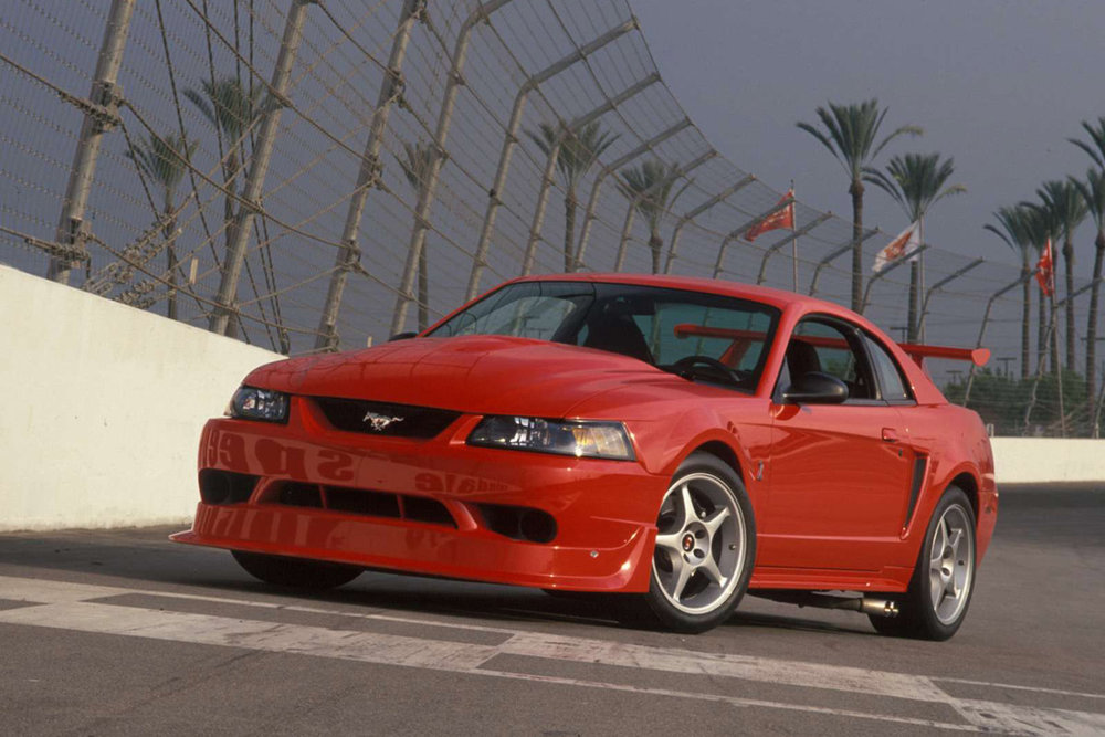 2000-ford-mustang-svt-cobra-r.jpg