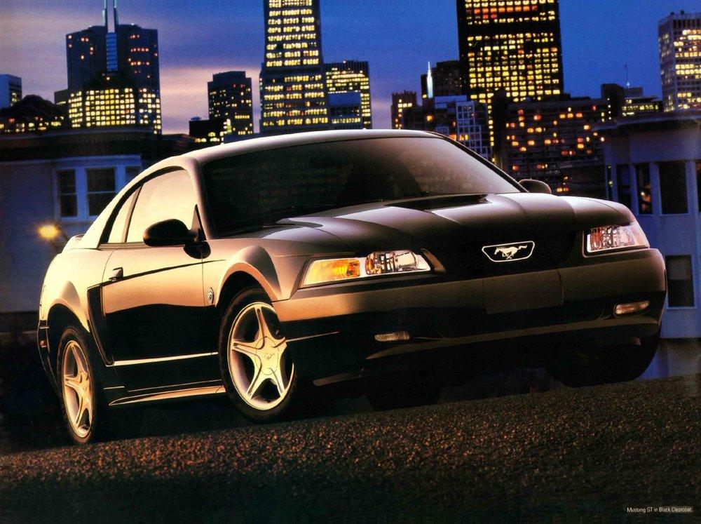 1999-ford-mustang-brochure-03.jpg