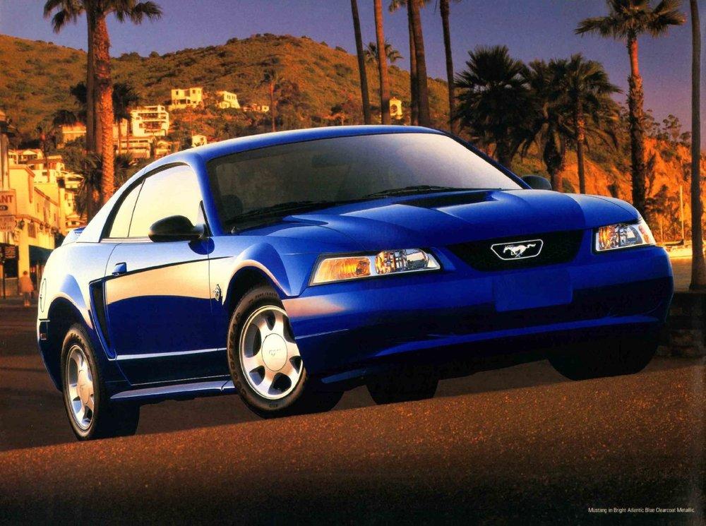 1999-ford-mustang-brochure-05.jpg