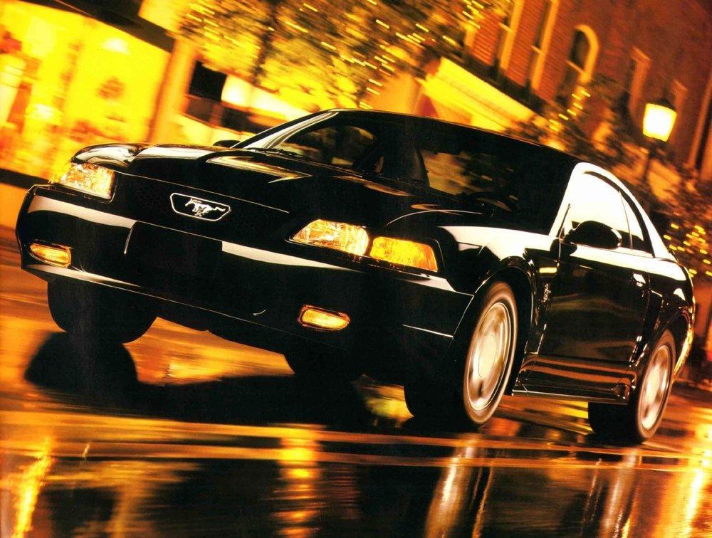 1999-ford-mustang-brochure-10.jpg