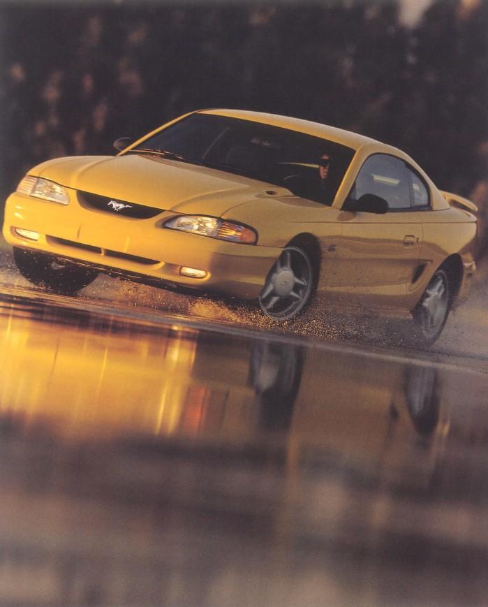 1994-ford-mustang-brochure-12.jpg