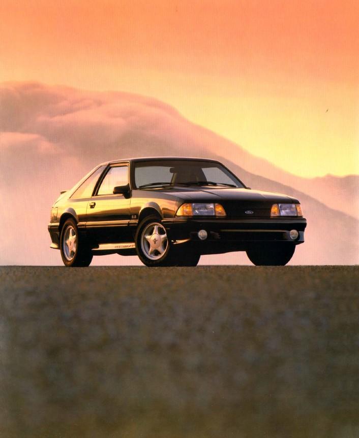 1993-ford-mustang-brochure-03.jpg